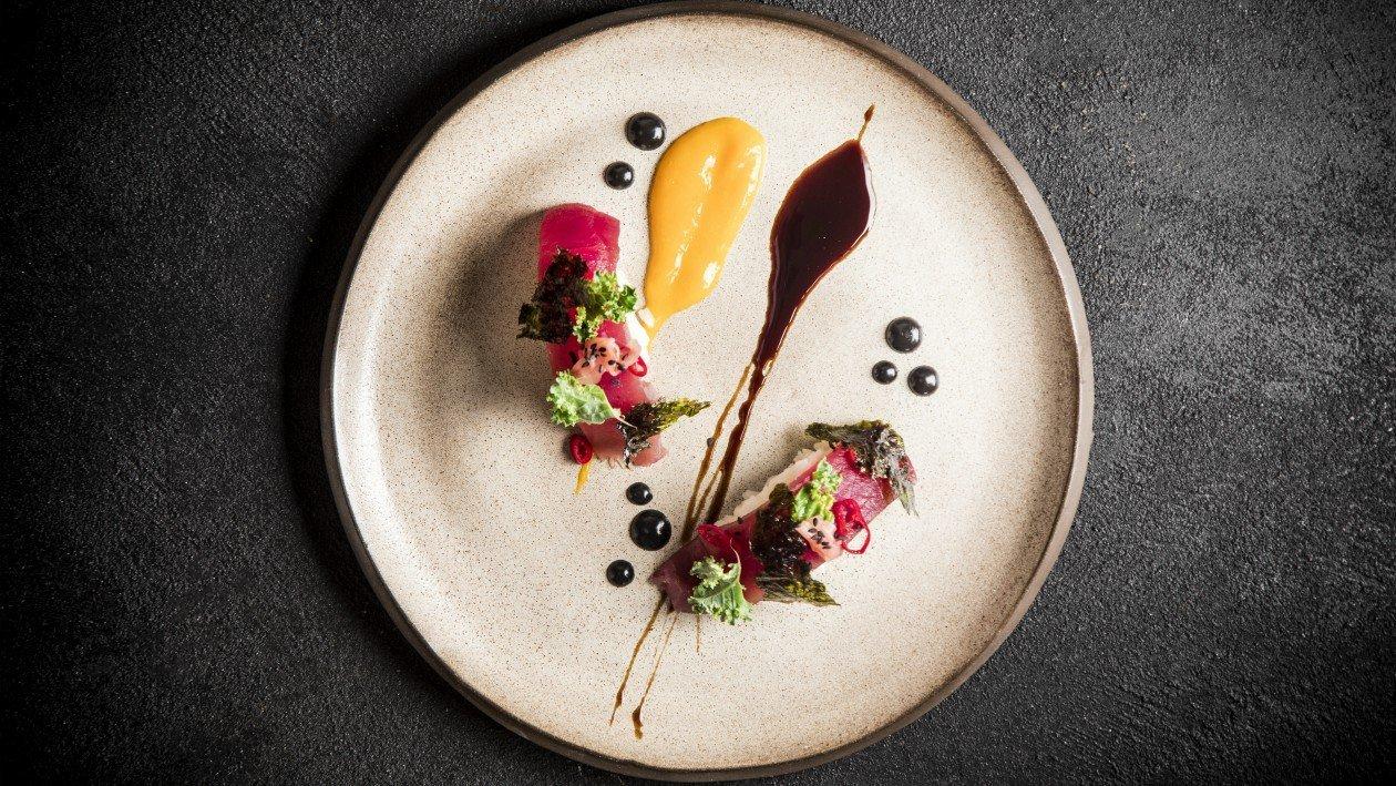 פוקי בול בהגשה מודרנית ואלגנטית – פוקי בול מתכון להכנת קערת פוקי, מזון רחוב של הוואי אצלכם בצלחת > מתכוני השראה לשפים